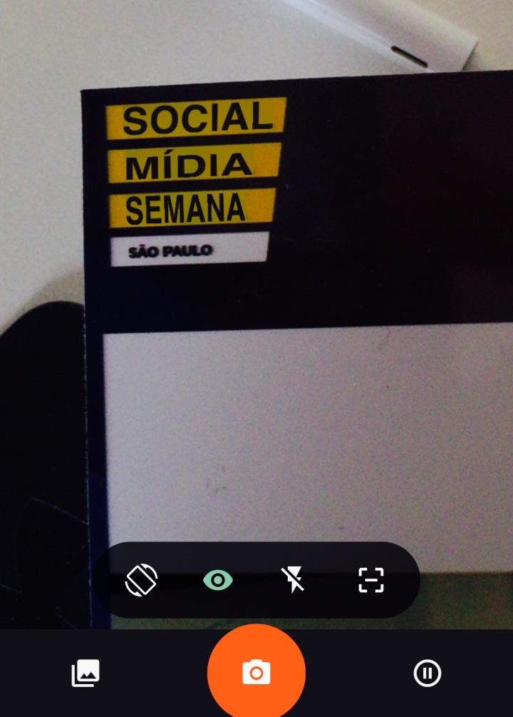 Social Media Week - Tradução automática