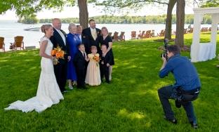 wedding_photographer_at_work