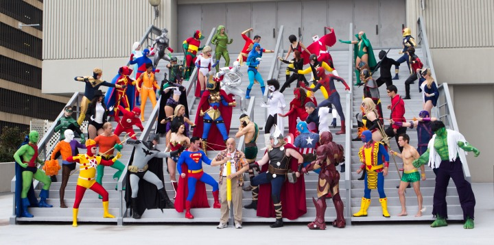 Dragon_Con_2013_-_JLA_vs_Avengers_Shoot_(9668326619).jpg